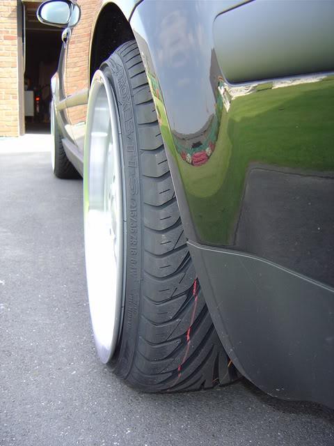 Le post des pneus en Vélomobiles - Page 16 DSC00513