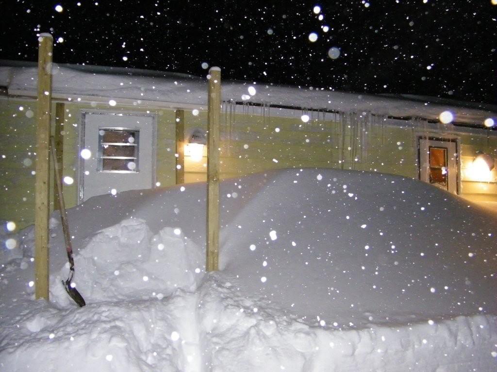 North Carolina shut down Upnorth-snow2