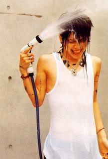 Pics that make you go yummmm! Miyavi
