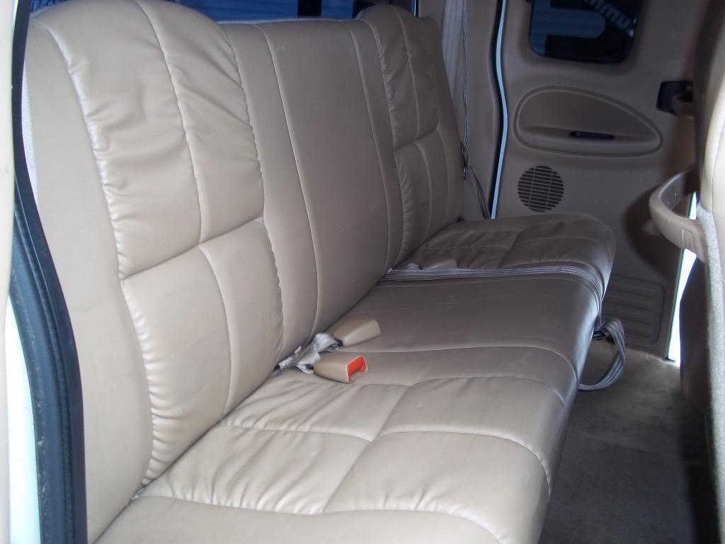 FS: 2000 Dodge Ram 2500 5.9L Cummins Flatbed BackSeatPassengerSide