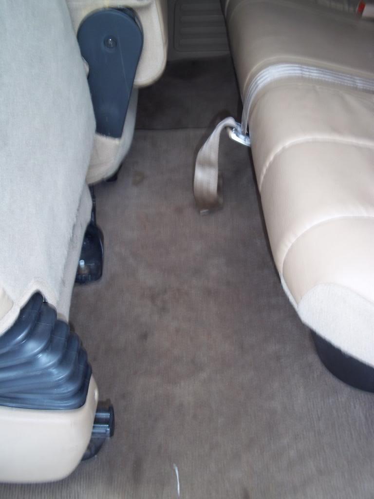FS: 2000 Dodge Ram 2500 5.9L Cummins Flatbed DriverRearseat