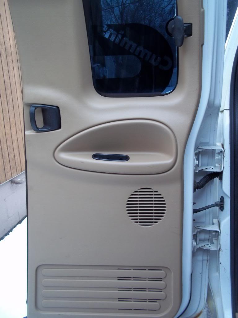 FS: 2000 Dodge Ram 2500 5.9L Cummins Flatbed PassRearDoor