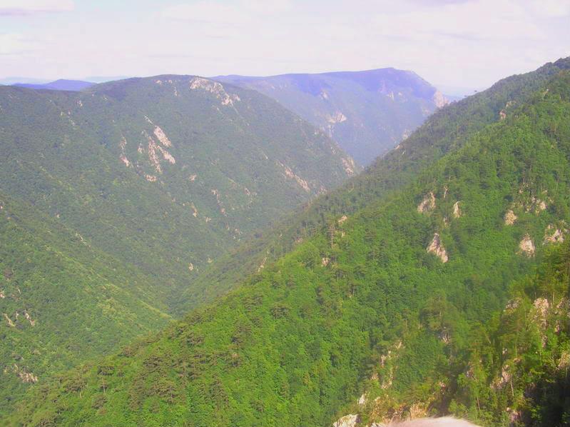 Sulejmanov put kroz planinu APOGLEDSASARENEB-1