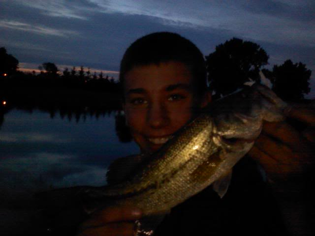 First Smallie on baitcaster-Handlining Largie!!! 0602092126