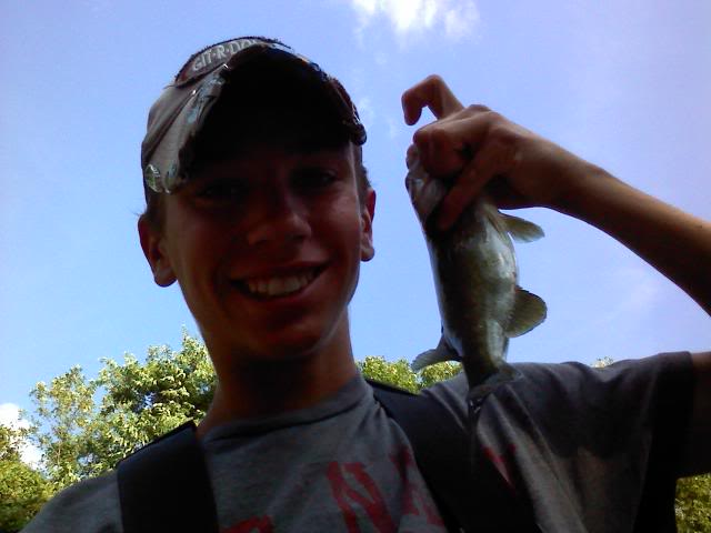 A few more smallies, and whitebass :D 0706091902