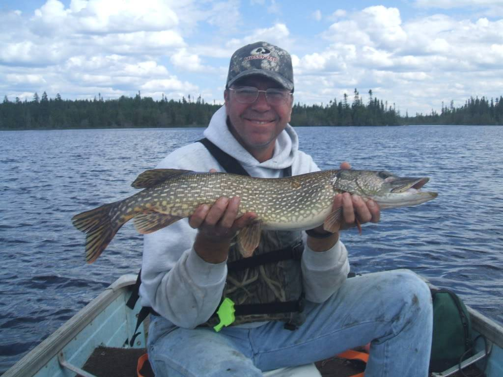 Pasha Lake-Canadian Wilderness Fishing 042