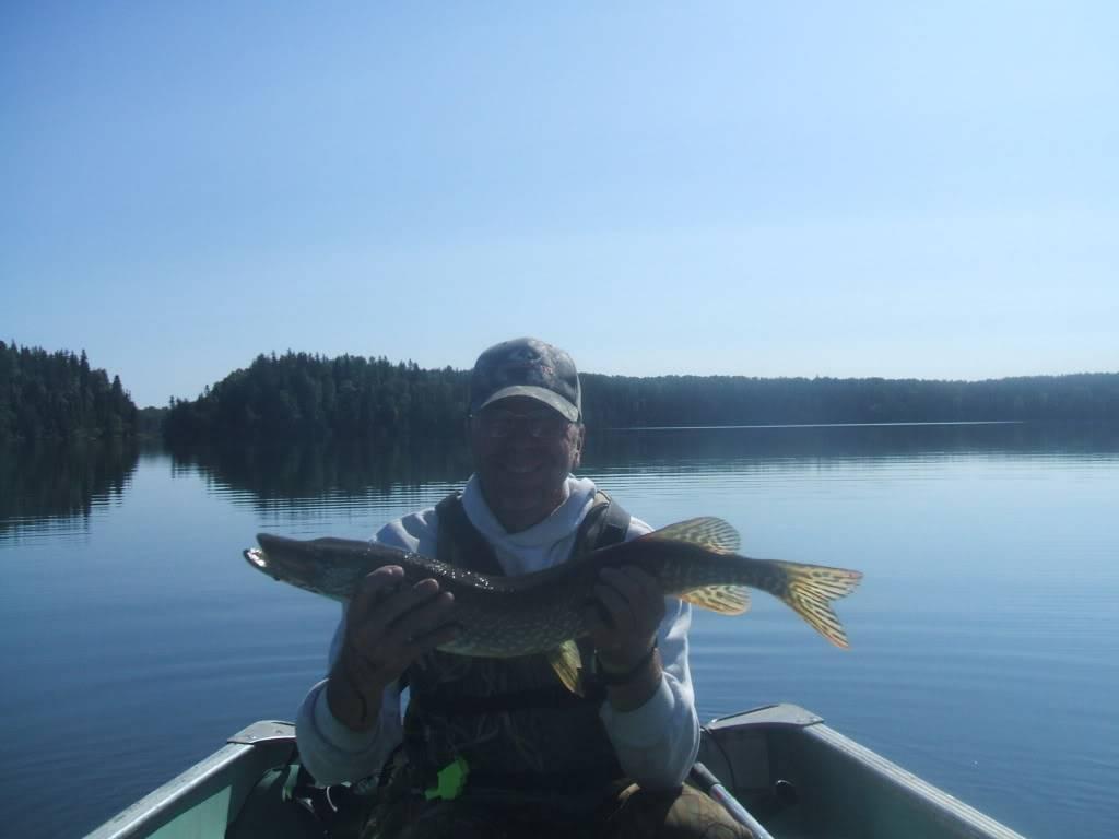 Pasha Lake-Canadian Wilderness Fishing 078