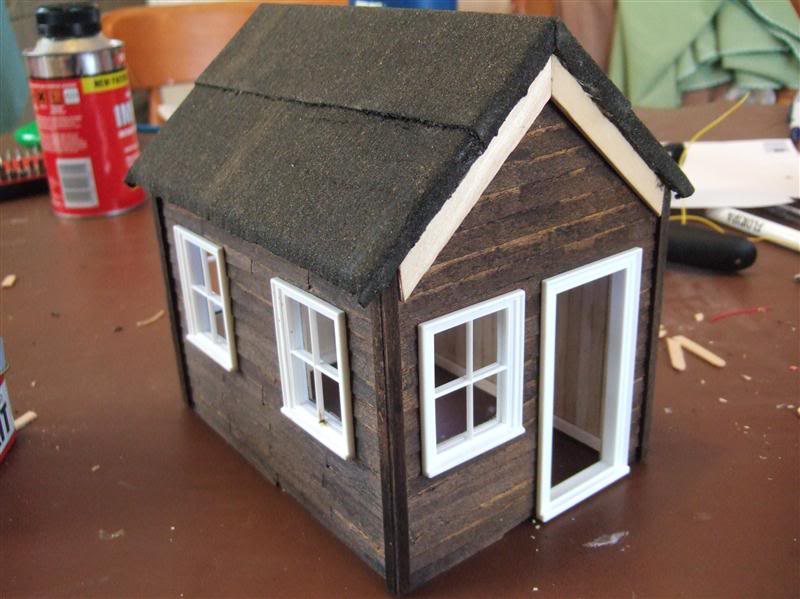 Resurrecting another long-lost thread... the Scampington Signal Cabin JM_Sig_Cabin_3a