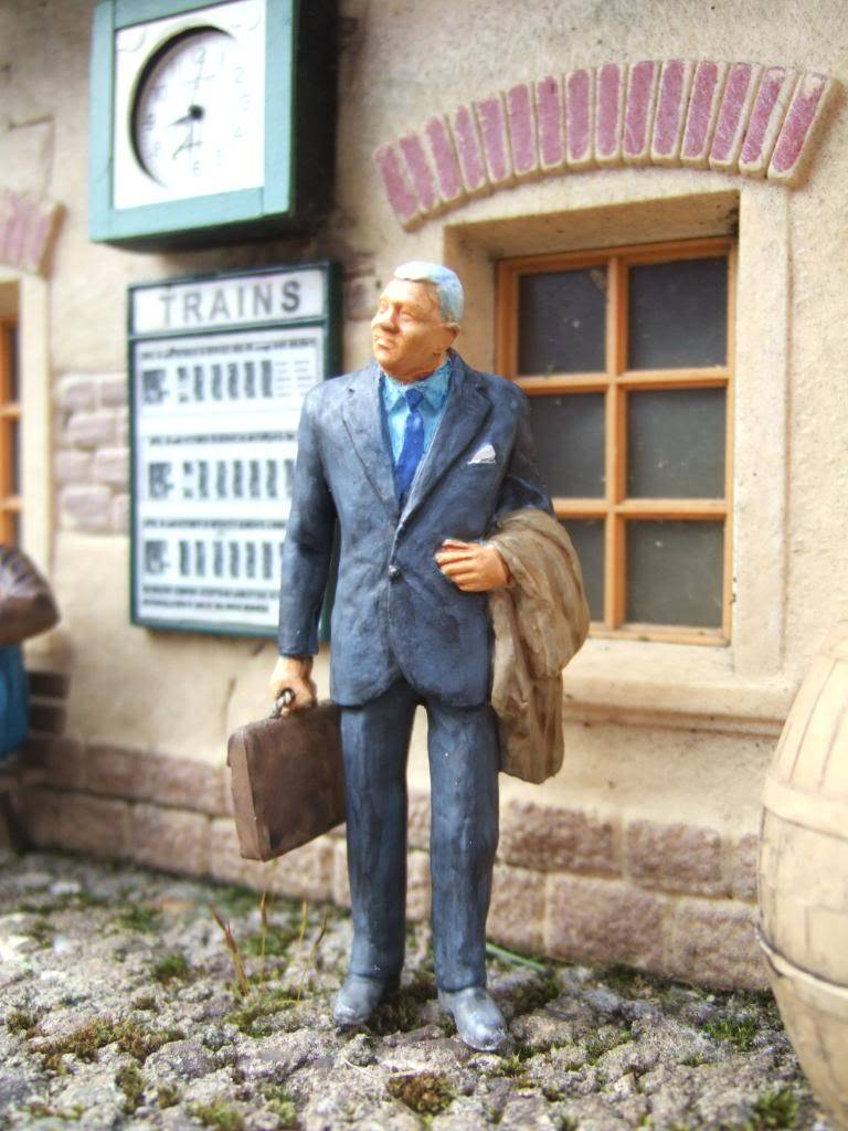 The 'YAF' (Yet Another Figure) Missing Back-Catalog... MiddleAged02b