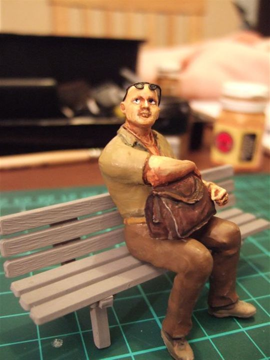 Another Quick Figure... a seated passenger Punter_with_holdall_3