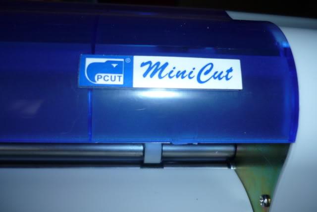 Est-ce que quelqu'un connait la Minicut P1020502