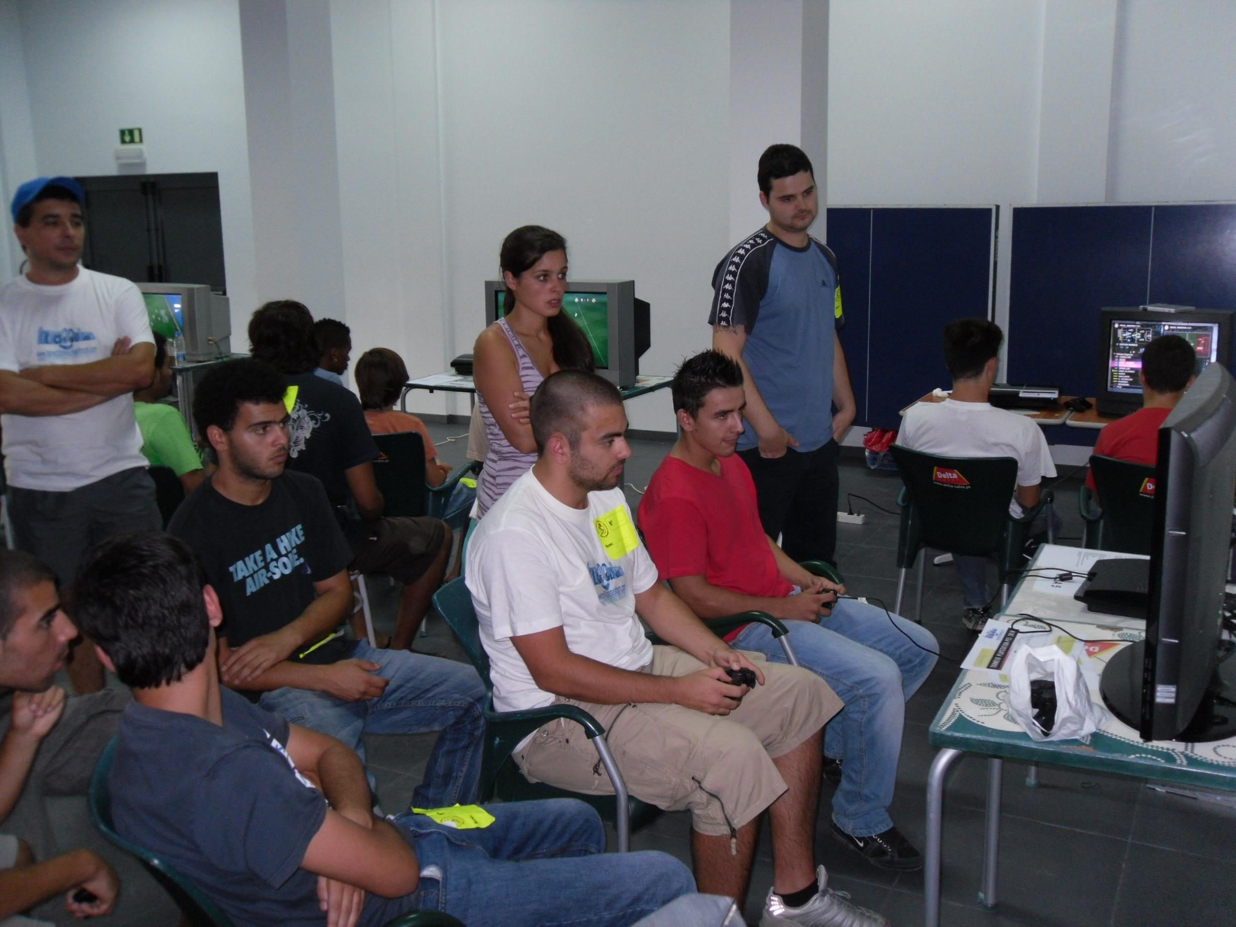 2º Torneio Lisboa e Arredores - 11 de Setembro [PES2010] - Página 5 SAM_0466