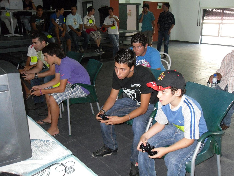 2º Torneio Lisboa e Arredores - 11 de Setembro [PES2010] - Página 5 SAM_0467