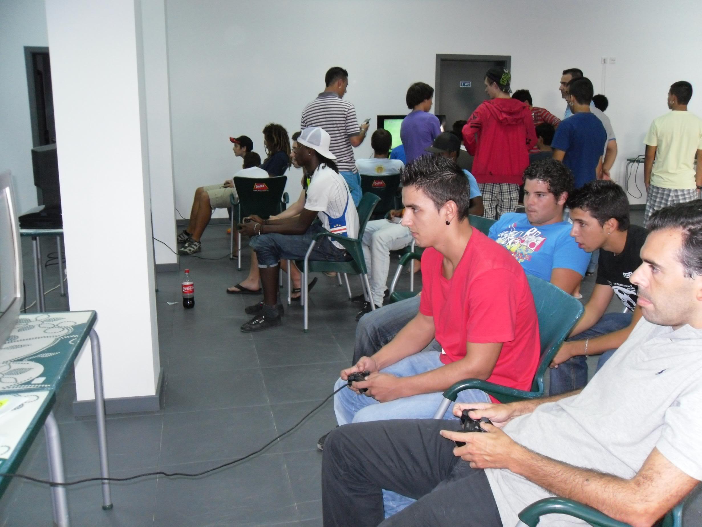 2º Torneio Lisboa e Arredores - 11 de Setembro [PES2010] - Página 5 SAM_0499