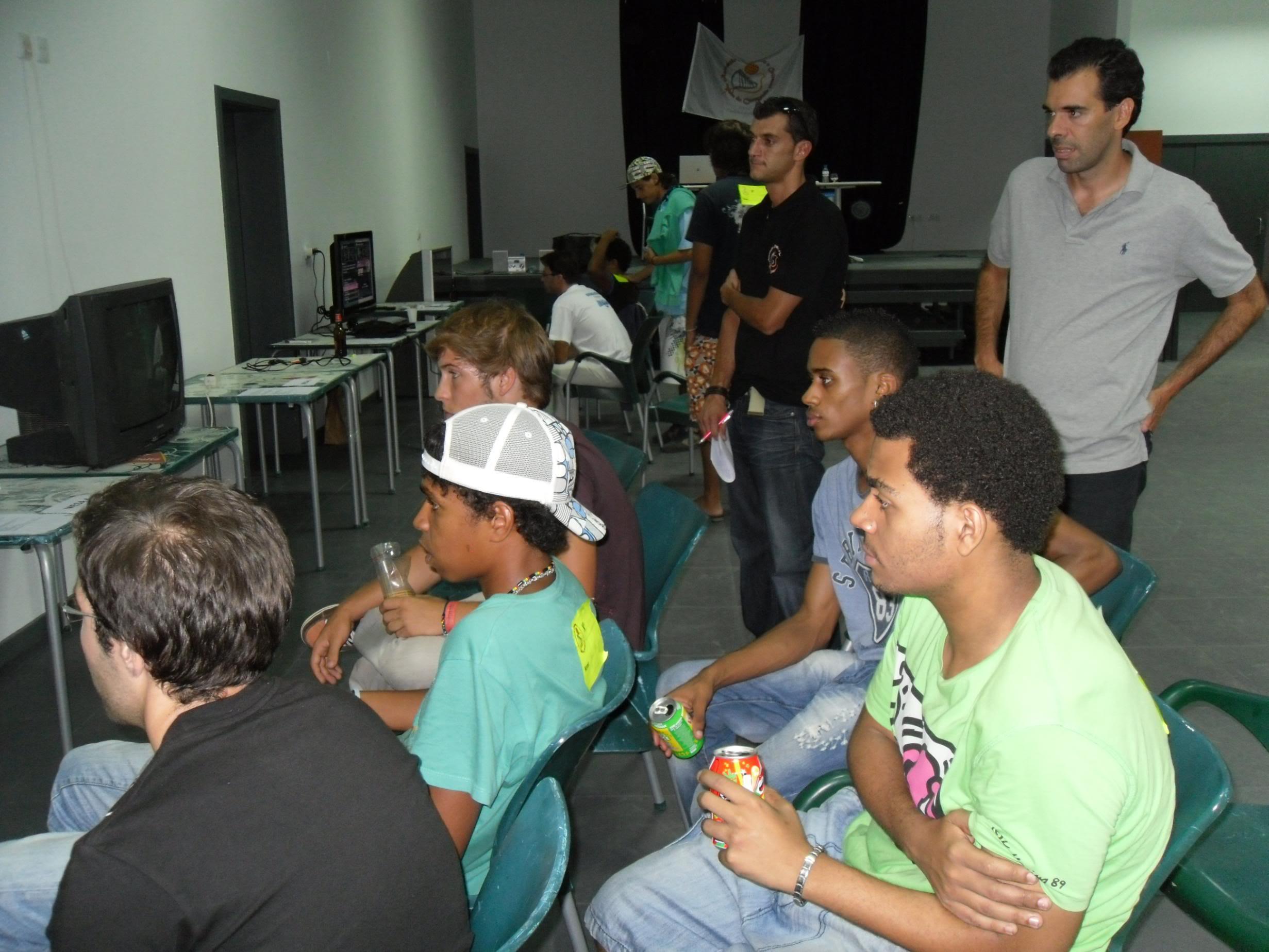 2º Torneio Lisboa e Arredores - 11 de Setembro [PES2010] - Página 5 SAM_0512