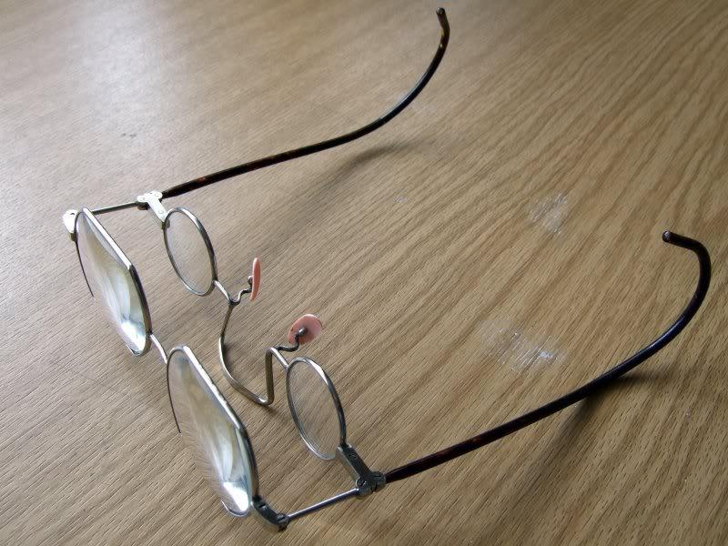 les lunettes du grand-pere DSCF1023light