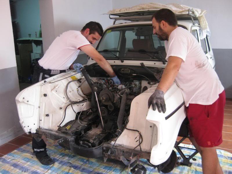 Restauration Renault 6 GTL (R1187) IMG_2534