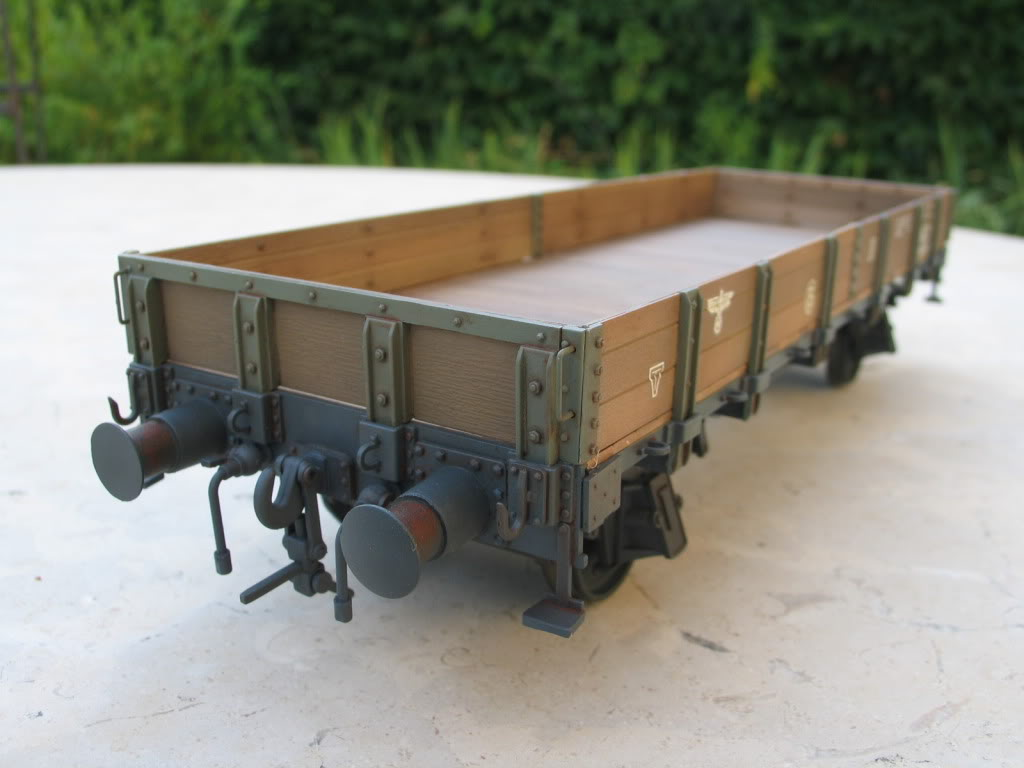 wagon 1/35 (lower sides) IMG_3455