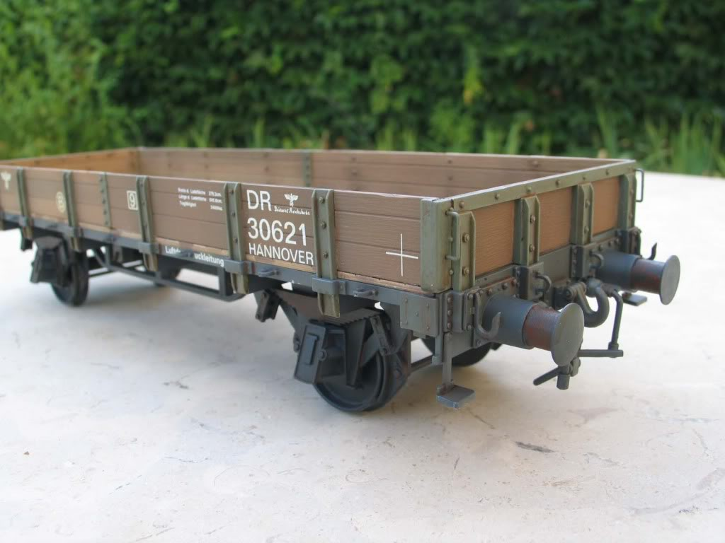wagon 1/35 (lower sides) IMG_3456