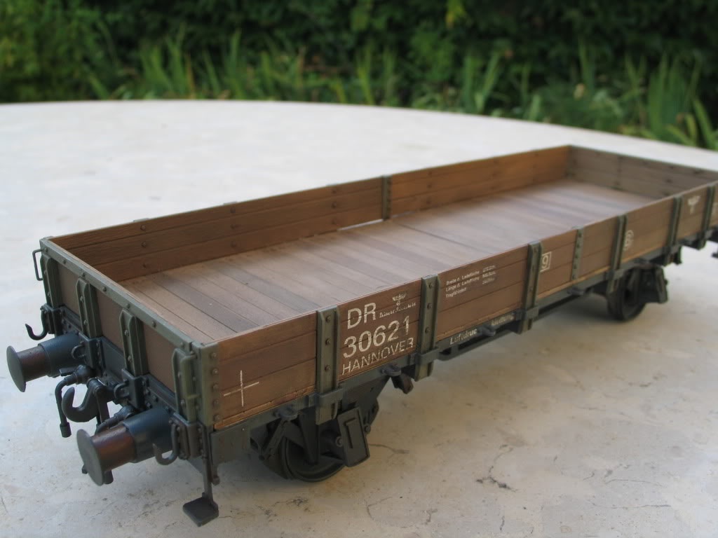 wagon 1/35 (lower sides) IMG_3457