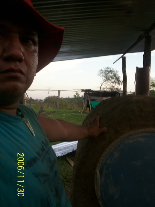 Horno de metal, barro y ladrillo Llanos1140