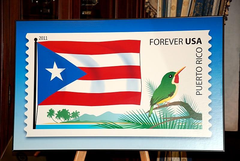 Ceremonia de primer dia de venta Sello de la bandera de Puerto Rico 20110811-04056