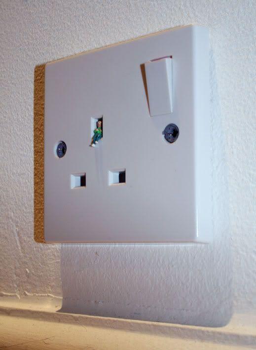 Mundos en miniatura [FotografiASS & Design] Plug2Bsocket2B12B-2Bblog