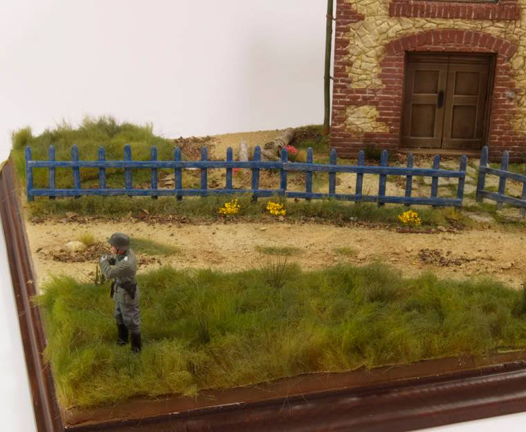 Dragon Bison I Diorama - FENCE IS WHITE - Page 3 PB-t11