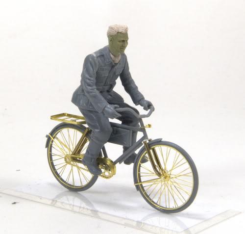 My 'Cornered Diorama' - WIP (NEED AN OPINION!!!!!!!!!!!!GUYS....HELP) PB-Cycle02