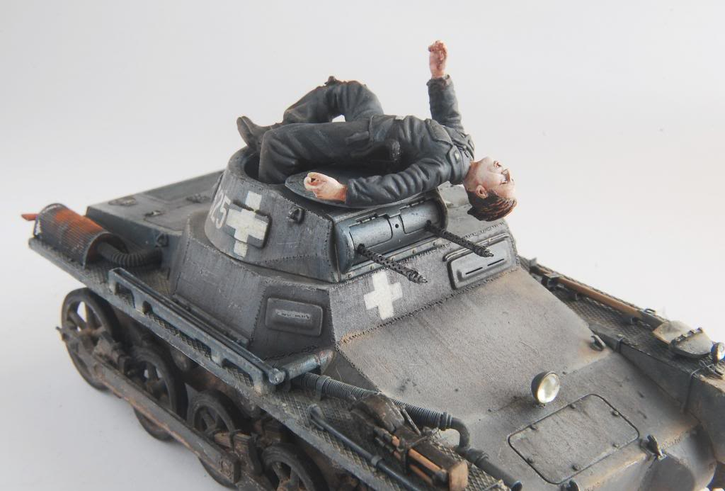 Panzer I A - 95% DONE!!!! - Page 4 DSC_2756_zpsdd280b23