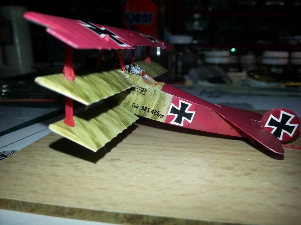 Fokker DRI Revell 1/72 - Page 2 20140210_123441_zpse8e8cffb