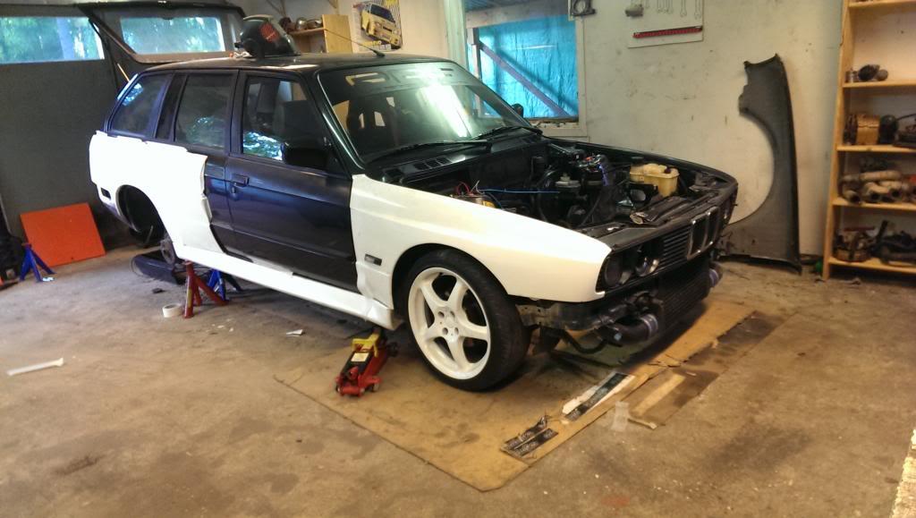 M5micke - BMW Alpina B3 3,2i Touring Turbo E30.  IMAG0084_zpsab0d04d8