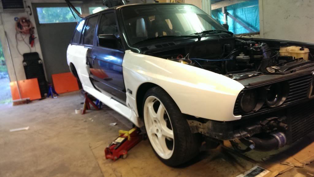 M5micke - BMW Alpina B3 3,2i Touring Turbo E30.  IMAG0085_zps85b00849