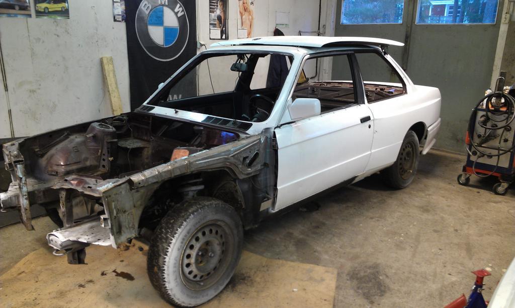 m5micke - BMW M3 E30 mä turbo. IMAG0214