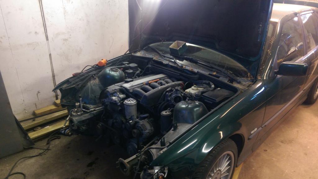 M5micke - BMW Alpina B3 3,2i Touring Turbo E30.  - Sida 2 IMAG1499_zps93e351d8