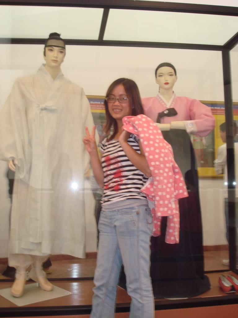 Anh chup o Vien Bao Tang Dan Toc11-11-07 DSC00372