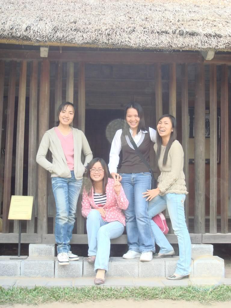 Anh chup o Vien Bao Tang Dan Toc11-11-07 DSC00376