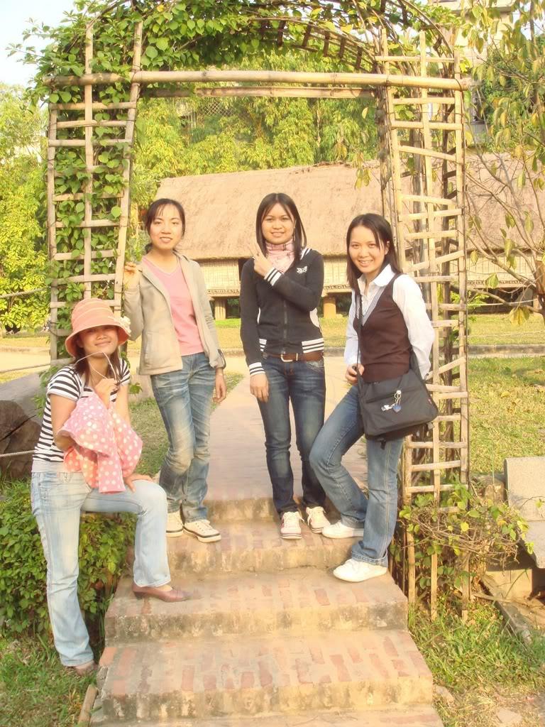 Anh chup o Vien Bao Tang Dan Toc11-11-07 DSC00384