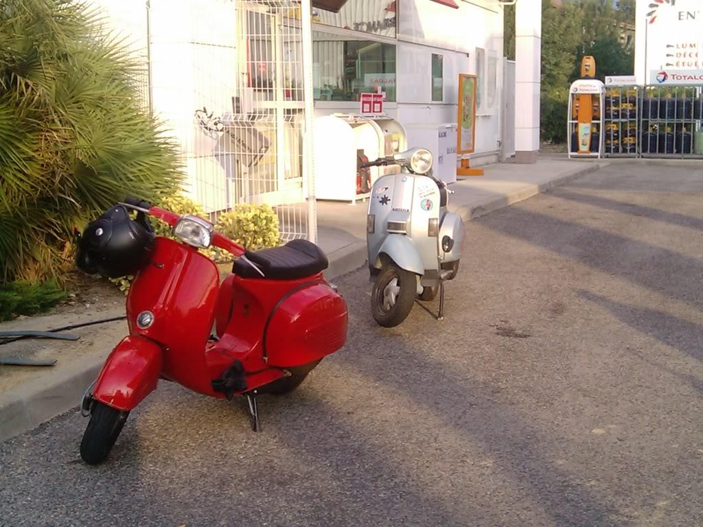 les vieux scooters en tôle... 2010-09-04081922