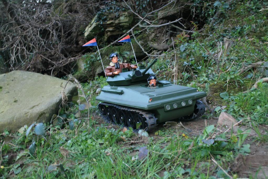Tank Attack.... EbistockMarch2014089_zpsec700ff7