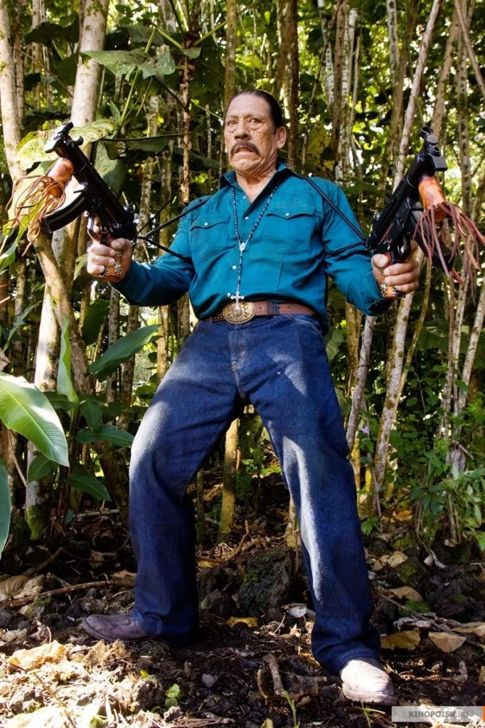Captain Nemo ! Cuchillo-predators-2010-movie-14721448-800-1200