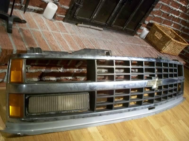 J'dois changer de grille sur mon Chevy...Votre avis?? 000_0456
