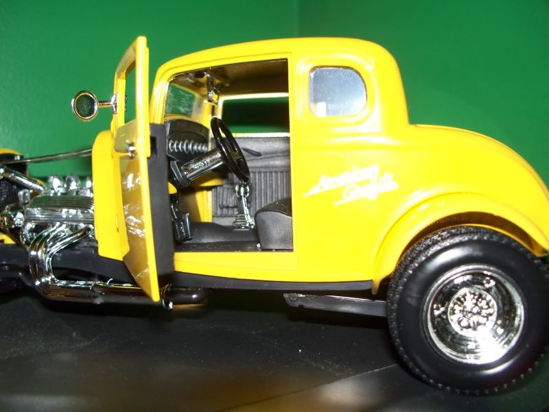 Dossier Motormax: 1932 Ford Coupe hot rod 100_0302