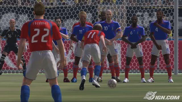 لعبة القدم الشهيره Pro Evolution Soccer 6 3676ec75