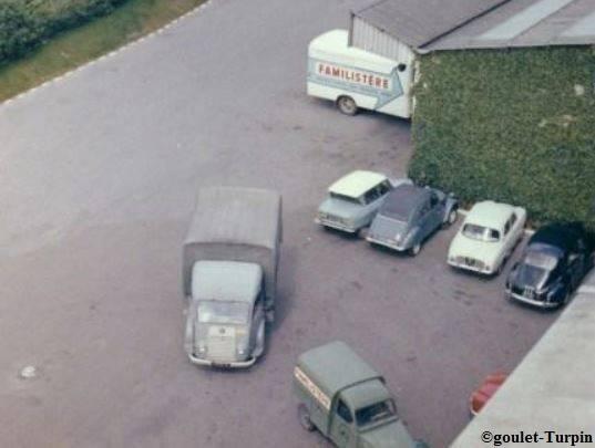 Photos et cartes postale 2cv camionnette  - Page 4 Familistegravere_zpsebaabc52