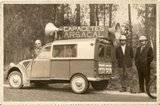 Photos et cartes postale 2cv camionnette  - Page 3 Th_2cvAzul-CapacetesArsacal_zpsa4d30df2