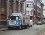 Photos et cartes postale 2cv camionnette  - Page 4 Th_Pescados--Cortinatruck_zpsf175f258