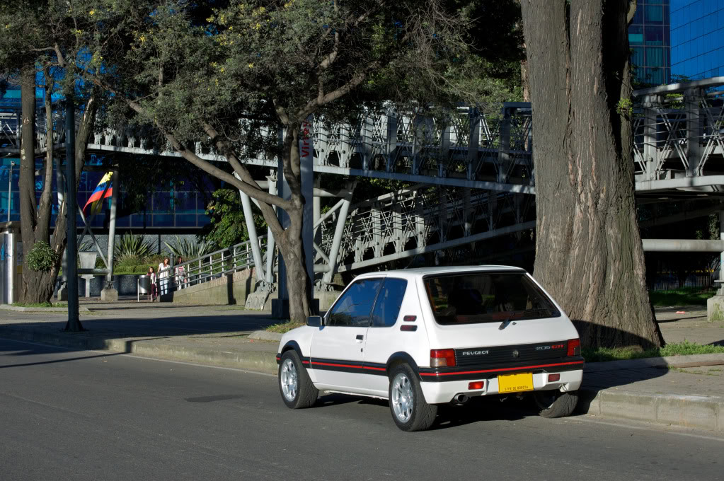 [Mercurio] 205 GTI 1.6 1992, Blanc Meije a Bogotá, Colombie - Page 3 205GTIEnero201220