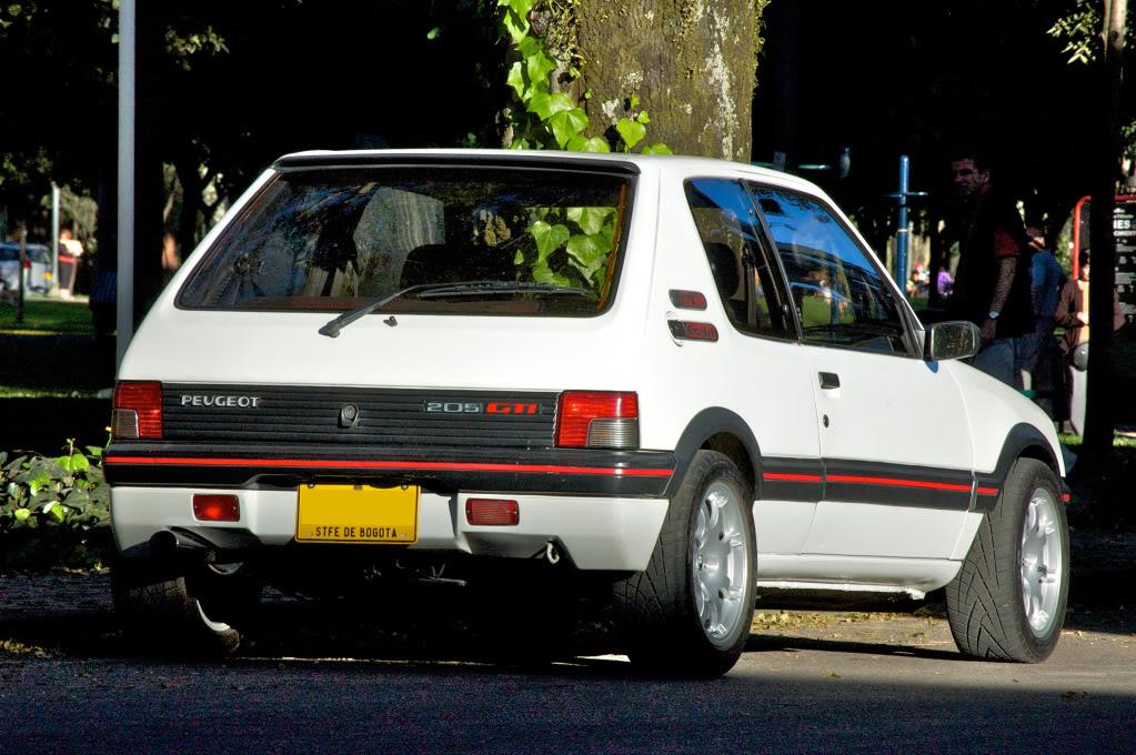 [Mercurio] 205 GTI 1.6 1992, Blanc Meije a Bogotá, Colombie - Page 3 205GTIEnero201223