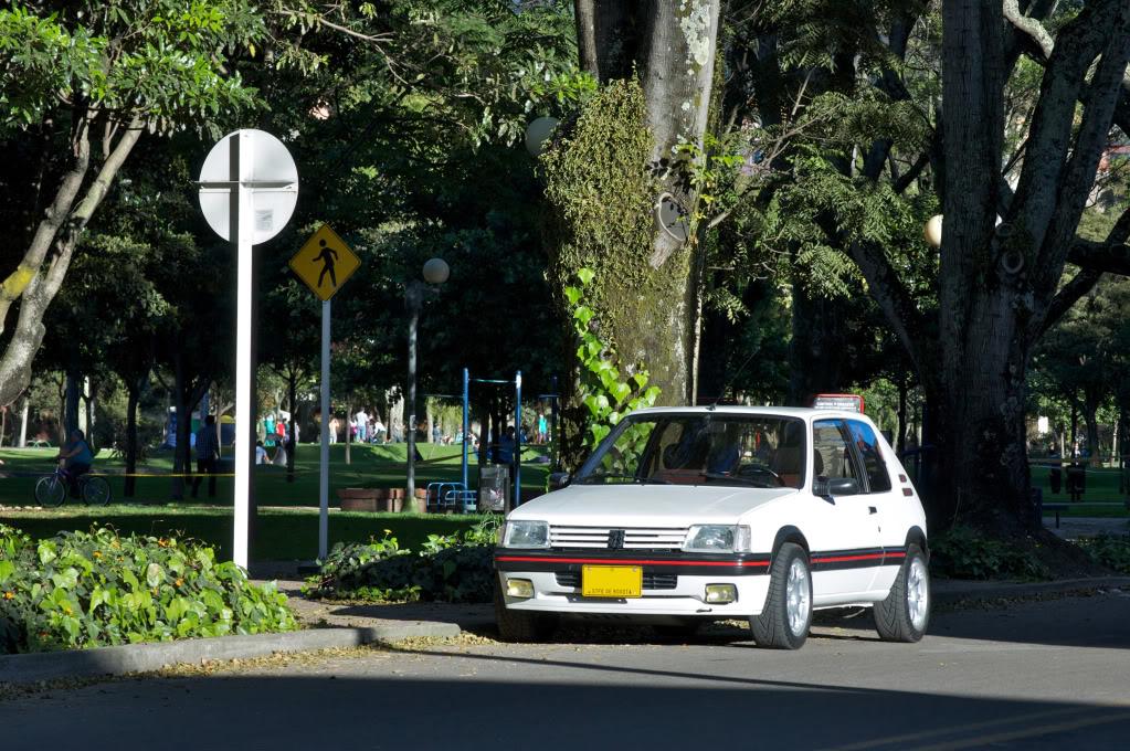 [Mercurio] 205 GTI 1.6 1992, Blanc Meije a Bogotá, Colombie - Page 3 205GTIEnero201228